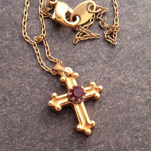 Vintage Spanish Revival Gold Cross and Chain